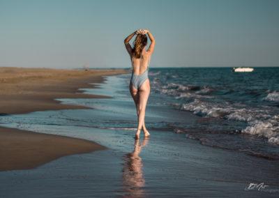 femme maillot plage